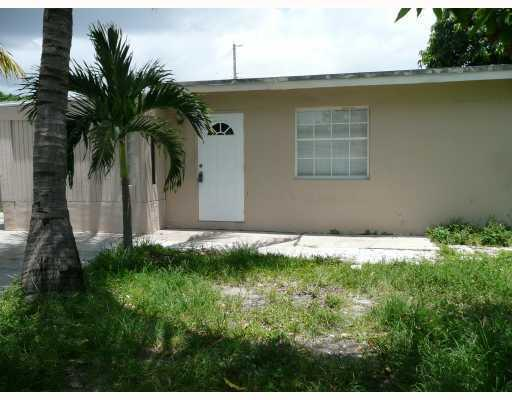 3226 Buckley Avenue Lake Worth, FL 33461