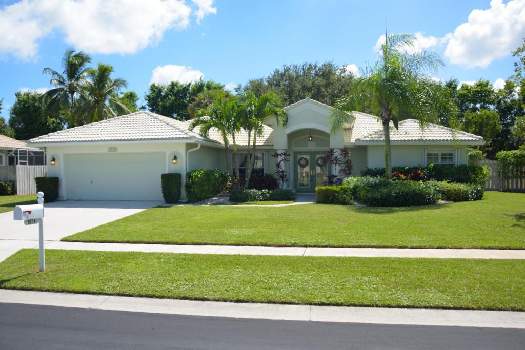 9314 Olmstead Drive Lake Worth, FL 33467