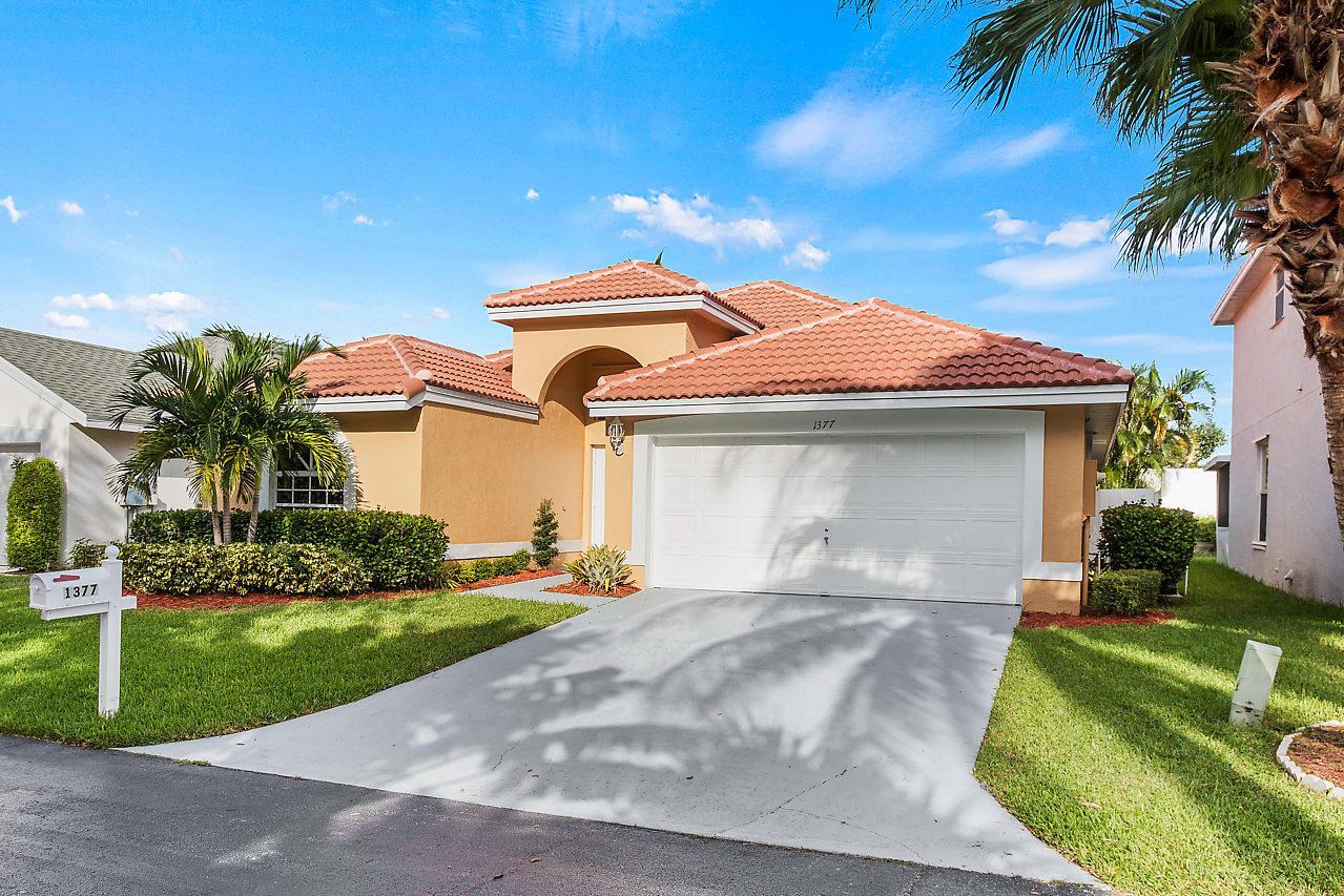 1377 Fairfax Circle Boynton Beach, FL 33436 photo 23