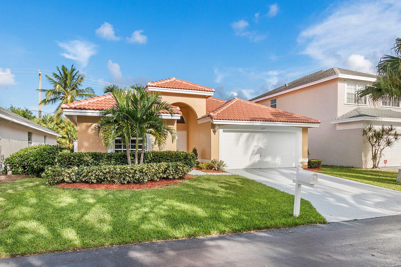 1377 Fairfax Circle Boynton Beach, FL 33436 photo 24