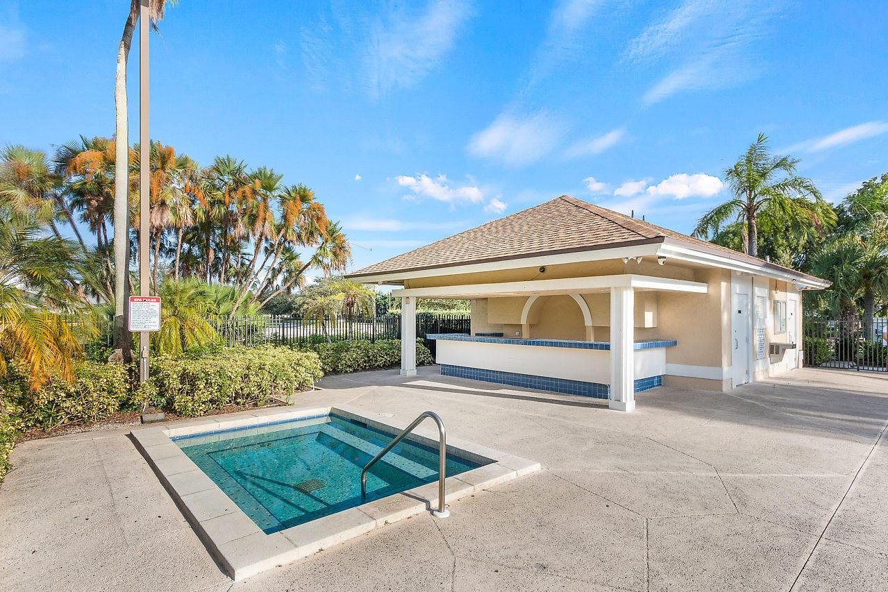 1377 Fairfax Circle Boynton Beach, FL 33436 photo 27