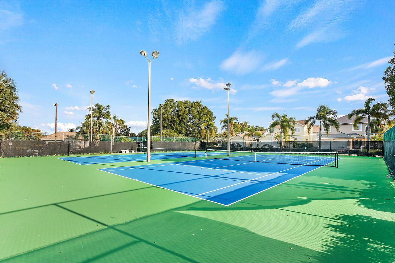1377 Fairfax Circle Boynton Beach, FL 33436 photo 28