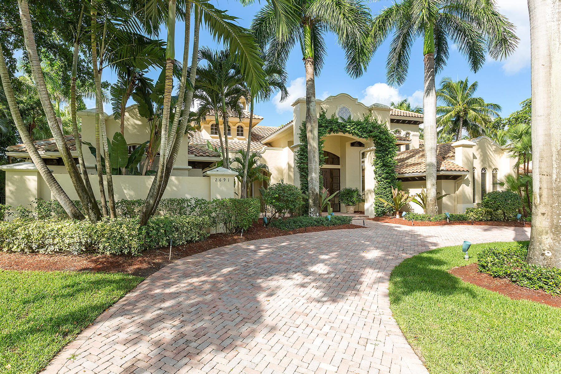 2691 Sheltingham Drive Wellington, FL 33414