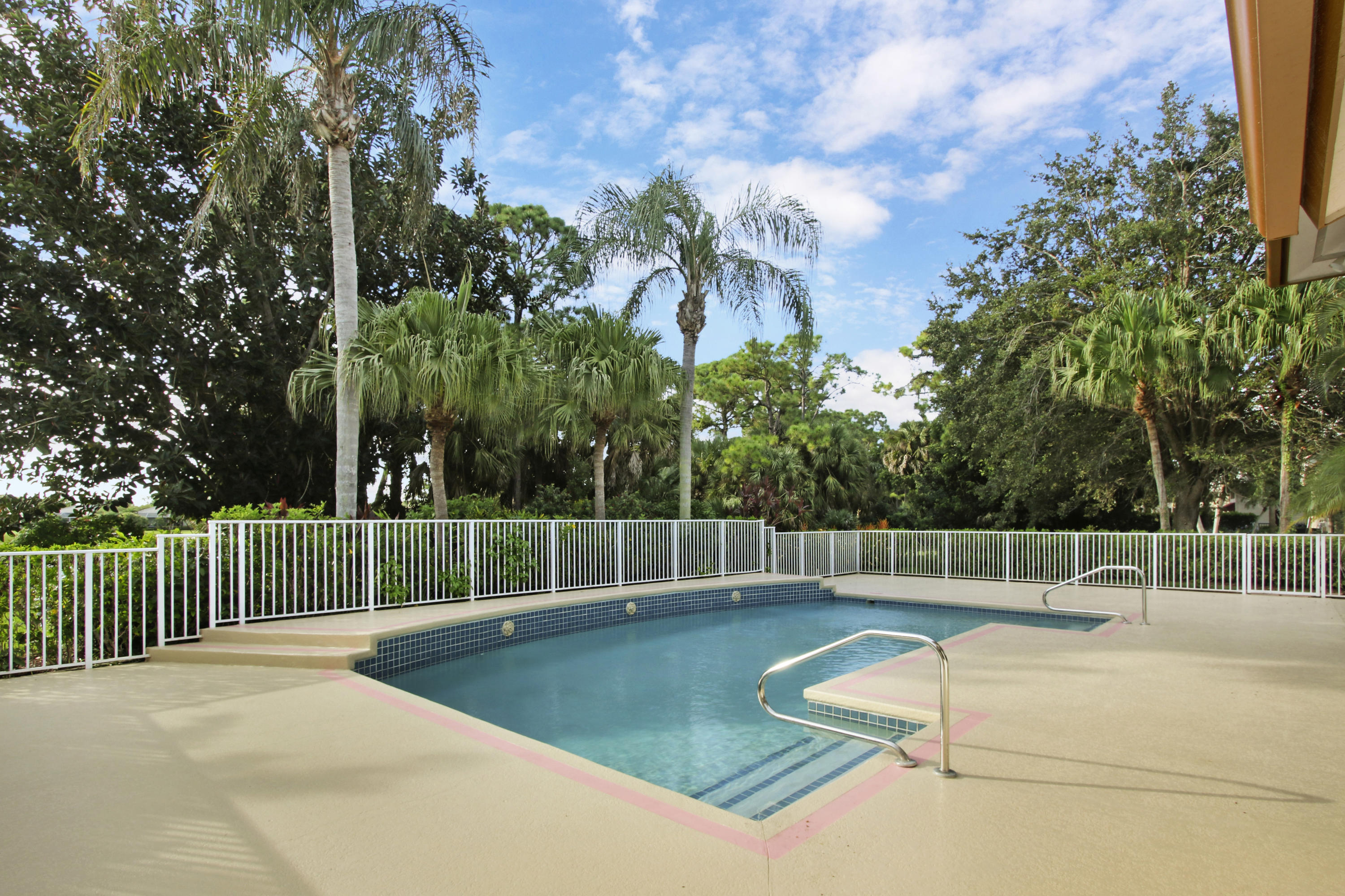 8179 Lakeview Drive, West Palm Beach, Florida 33412, 3 Bedrooms Bedrooms, ,5.1 BathroomsBathrooms,A,Single family,Lakeview,RX-10468879