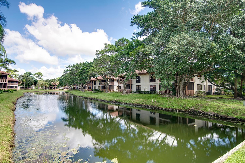Home for sale in Pga National Tennis Villas Palm Beach Gardens Florida