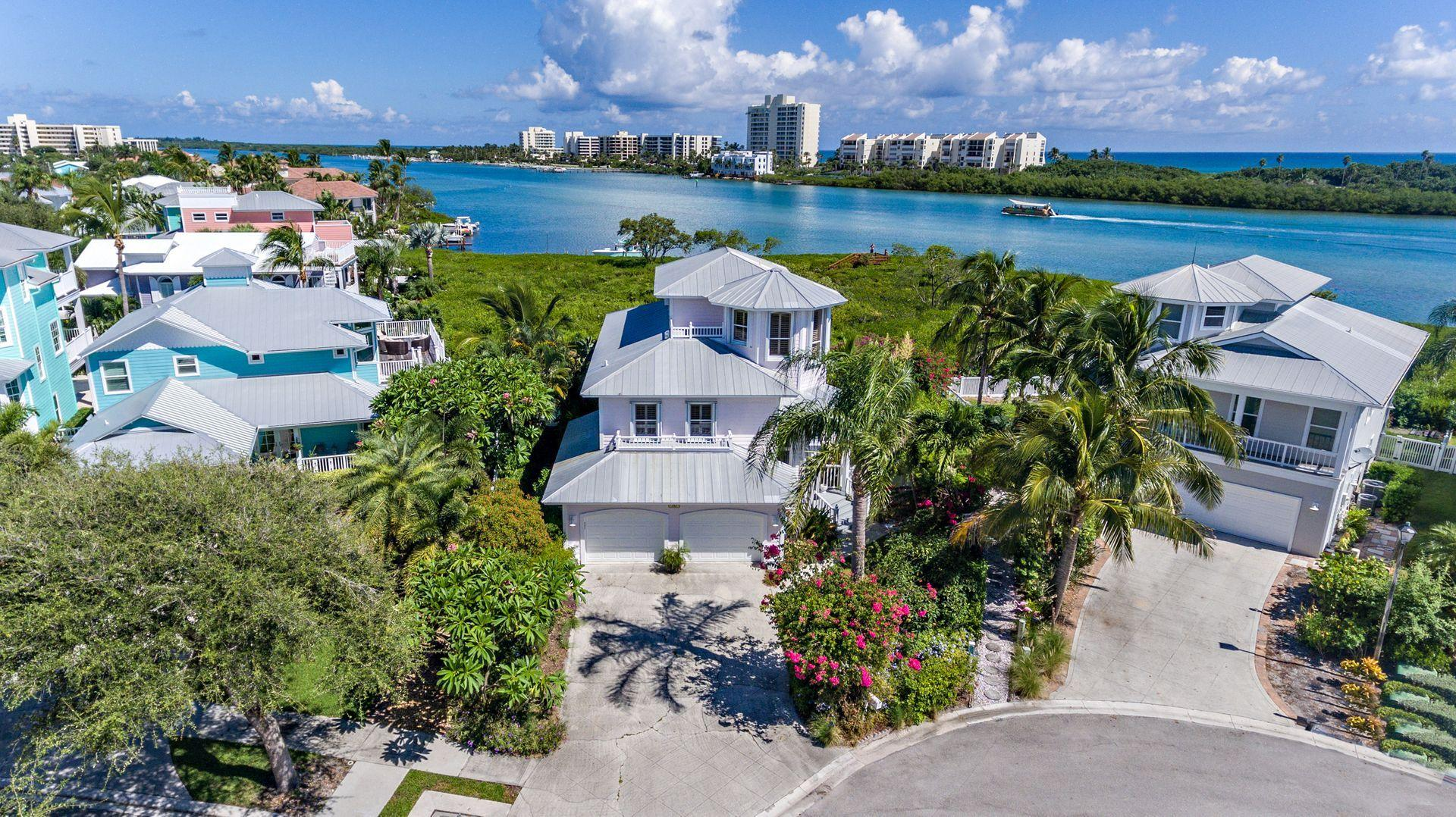 New Home for sale at 152 Intracoastal Circle in Tequesta