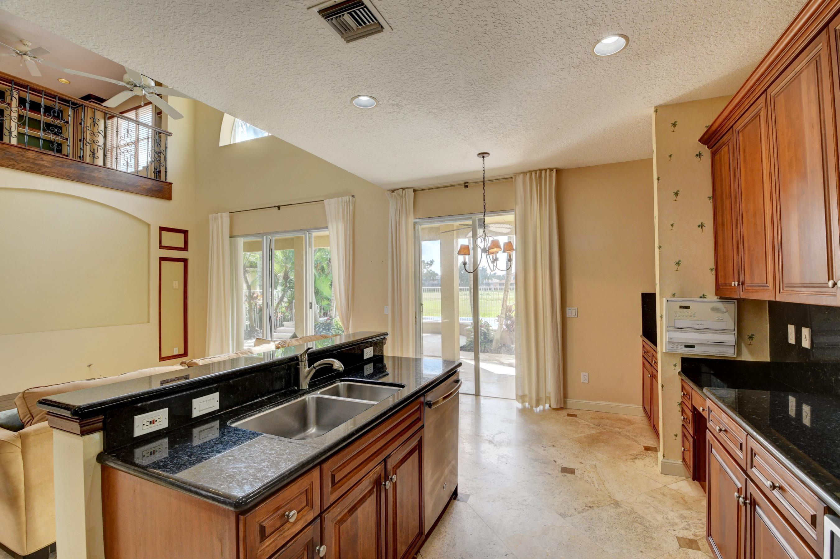 7598 Monarch Court Delray Beach, FL 33446 photo 13