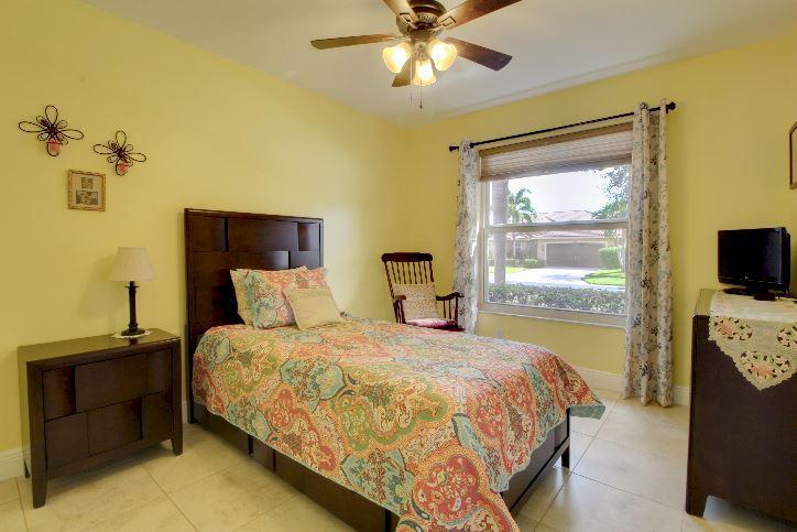 5993 Las Colinas Circle Lake Worth, FL 33463 photo 16