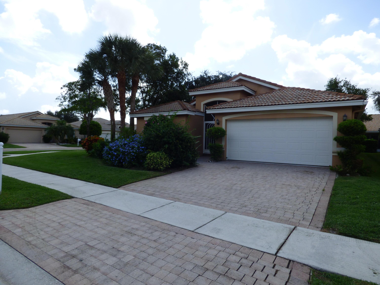 6896 Viale Elizabeth  Delray Beach, FL 33446