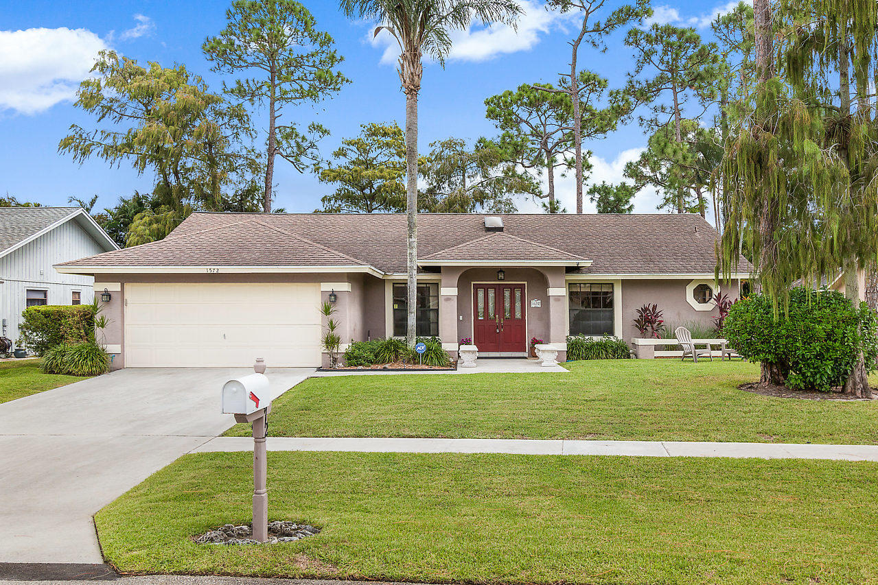 1572 Primrose Lane Wellington, FL 33414 photo 1