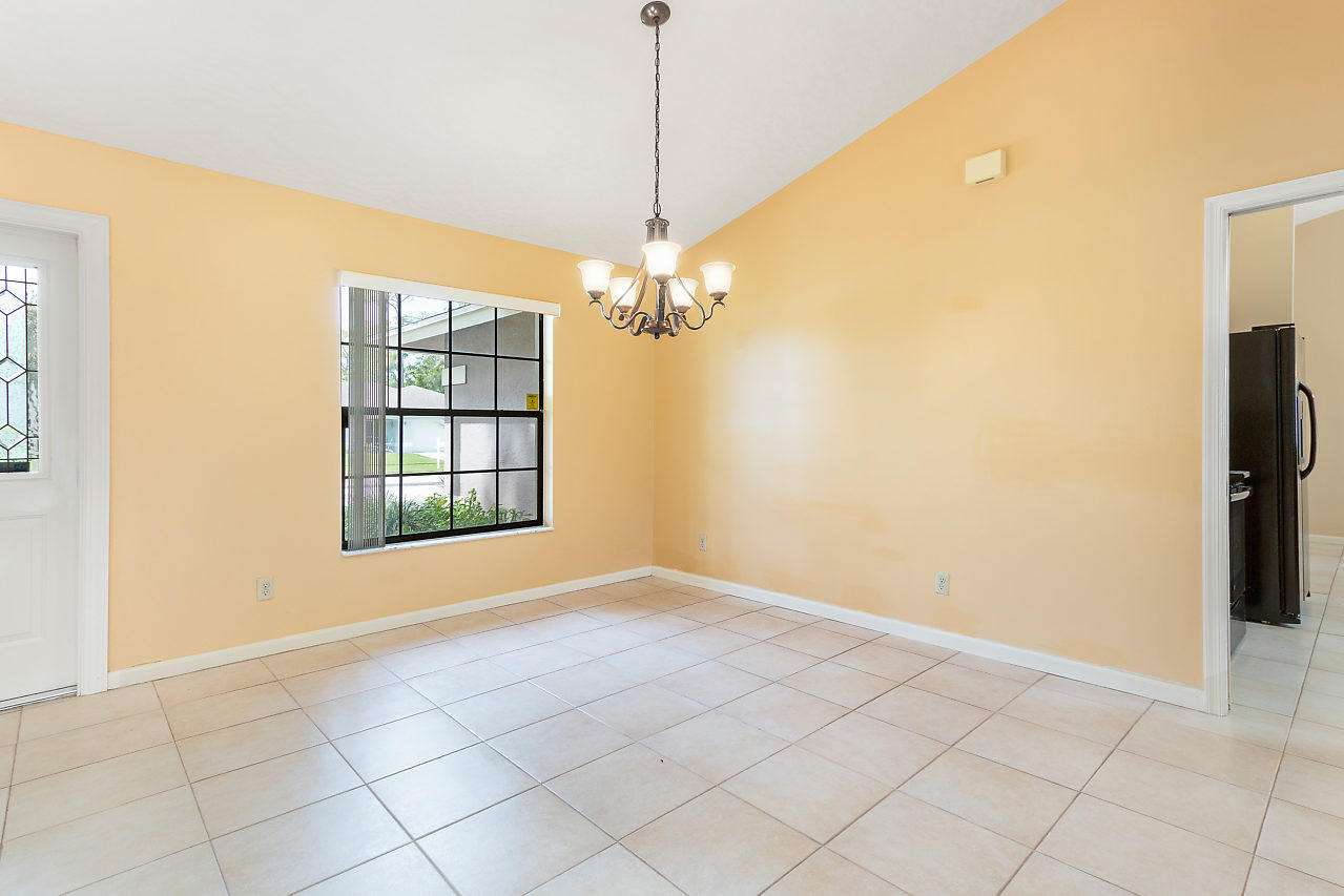 1572 Primrose Lane Wellington, FL 33414 photo 17