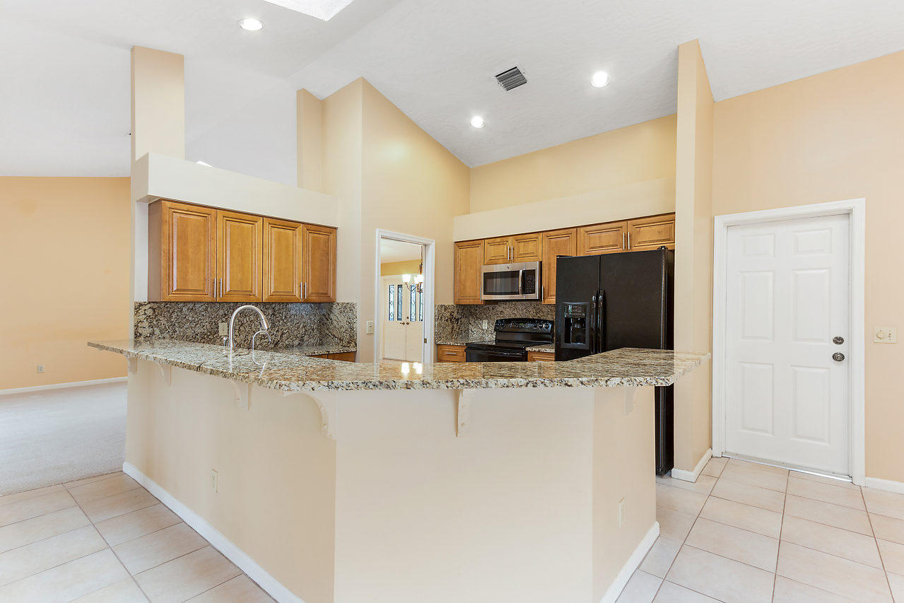 1572 Primrose Lane Wellington, FL 33414 photo 19