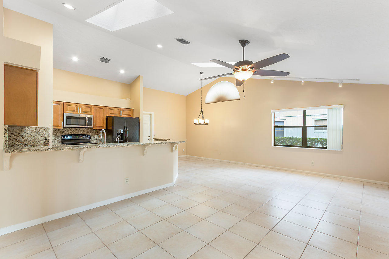 1572 Primrose Lane Wellington, FL 33414 photo 21