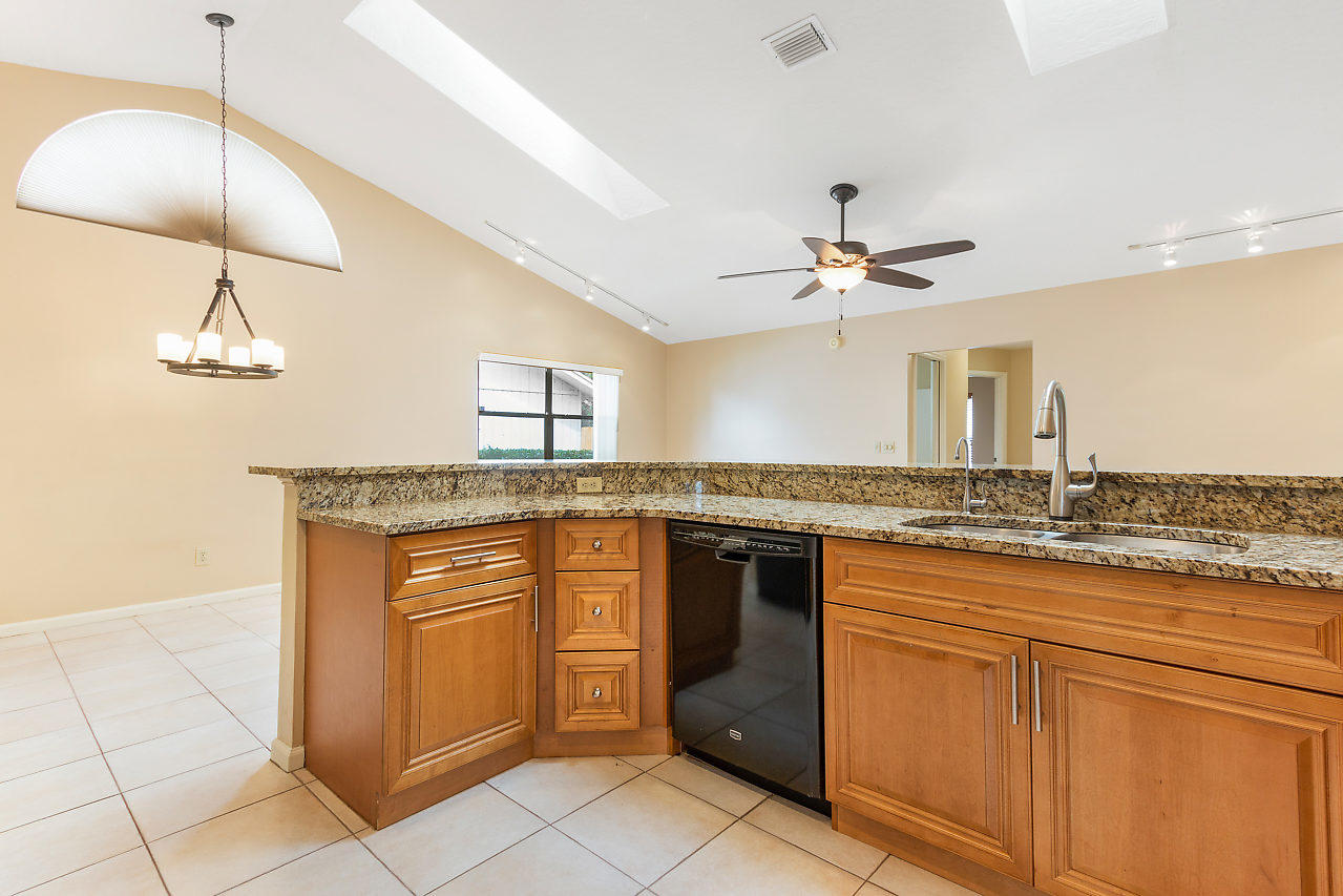 1572 Primrose Lane Wellington, FL 33414 photo 24
