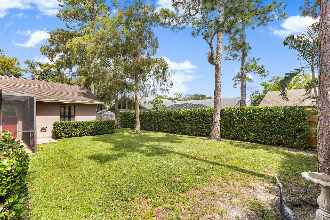 1572 Primrose Lane Wellington, FL 33414 photo 29