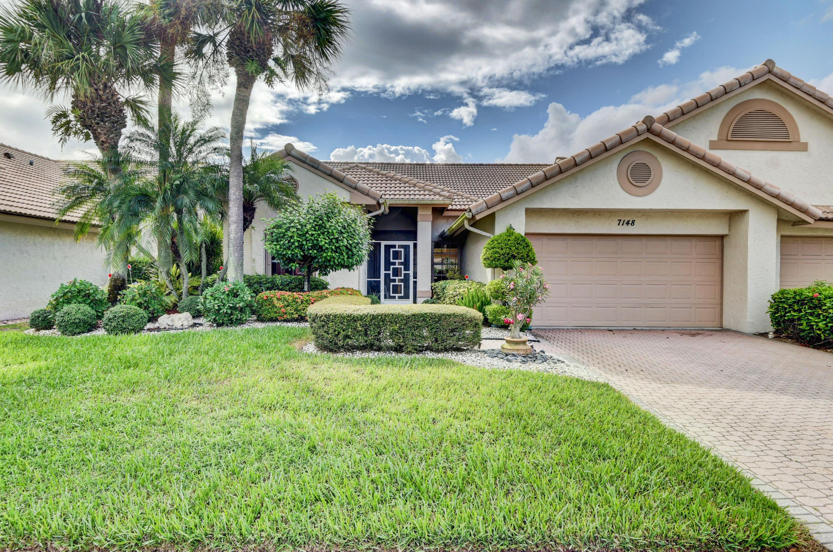 Home for sale in Aberdeen/ashford Boynton Beach Florida
