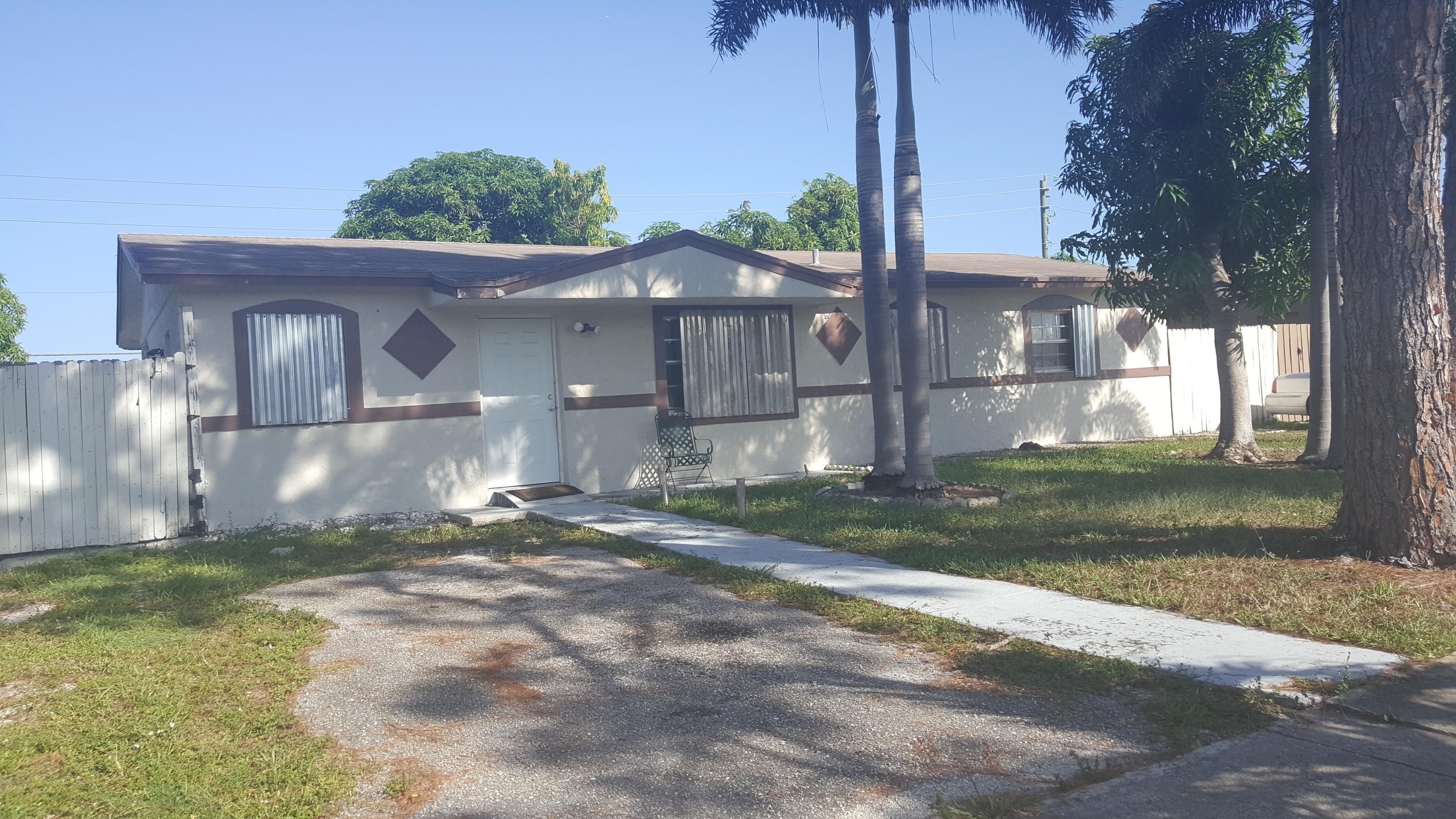 Home for sale in Commonwealth Manor Deerfield Beach Florida