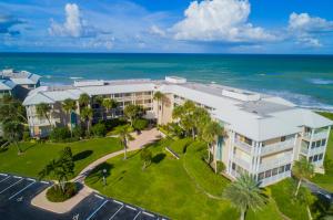 8830 S Sea Oaks Way 303 For Sale 10469759, FL