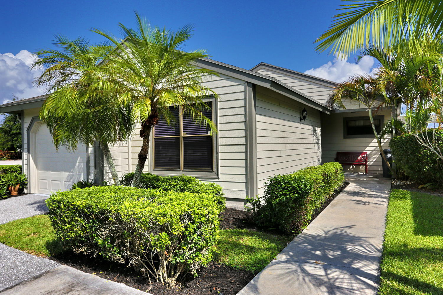 Home for sale in Bedfrod Mews Wellington Florida