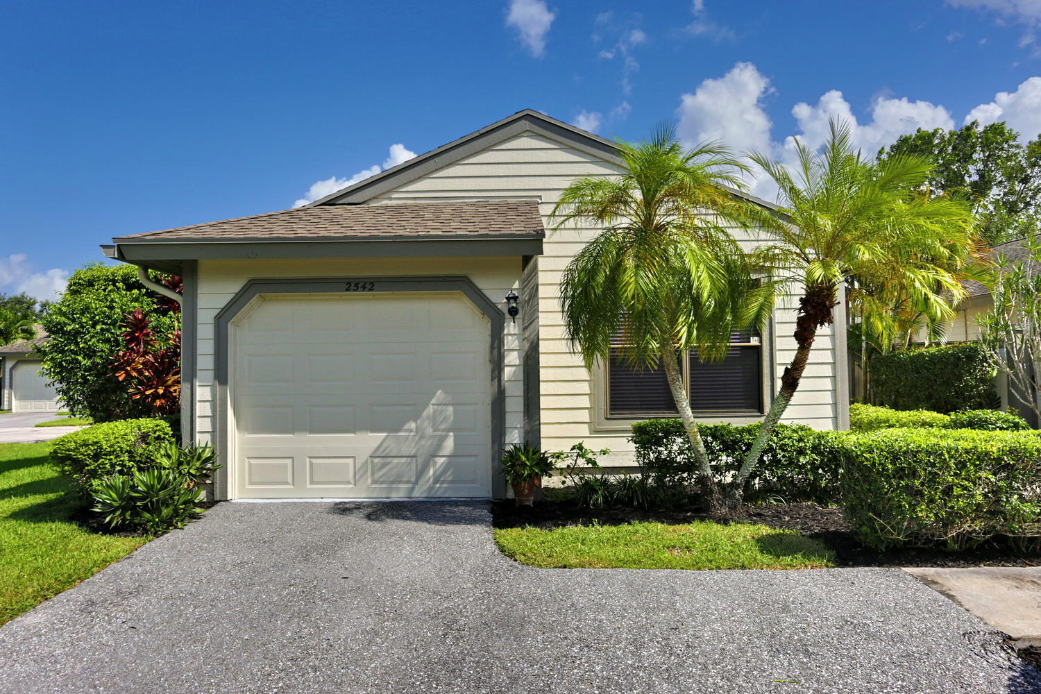 2542 Bedford Mews Drive Wellington, FL 33414 photo 2