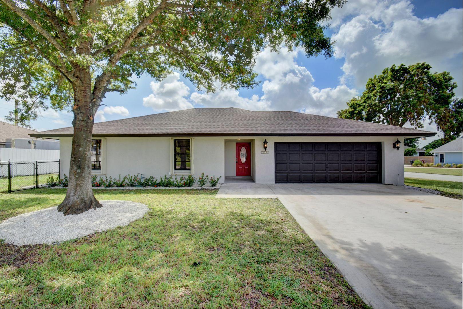 Home for sale in CYPRESS CREEK PH II Boynton Beach Florida