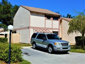 Jupiter Village Townhomes Cond