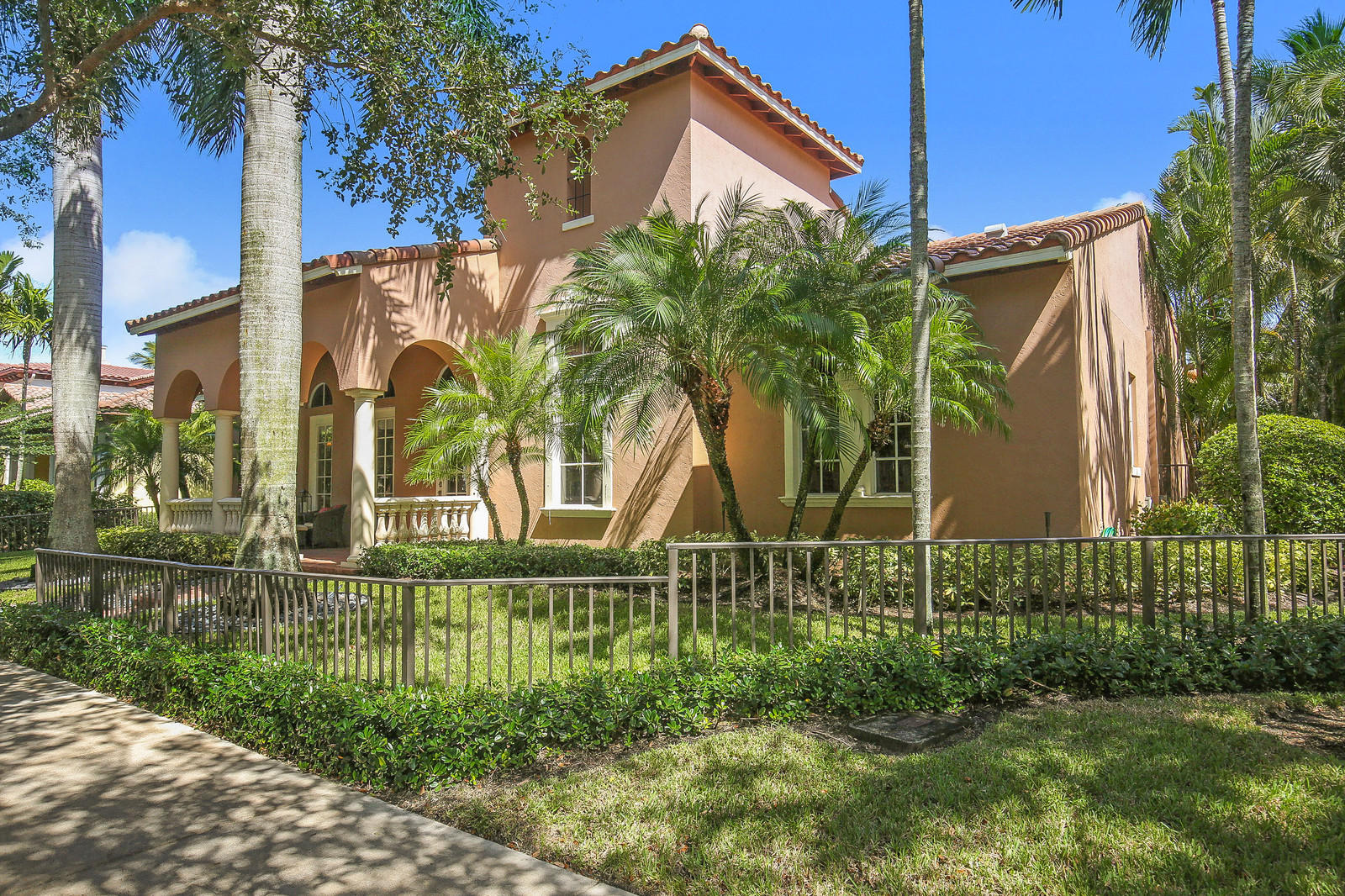 141 Barcelona Drive, Jupiter, Florida 33458, 5 Bedrooms Bedrooms, ,4.1 BathroomsBathrooms,A,Single family,Barcelona,RX-10470791