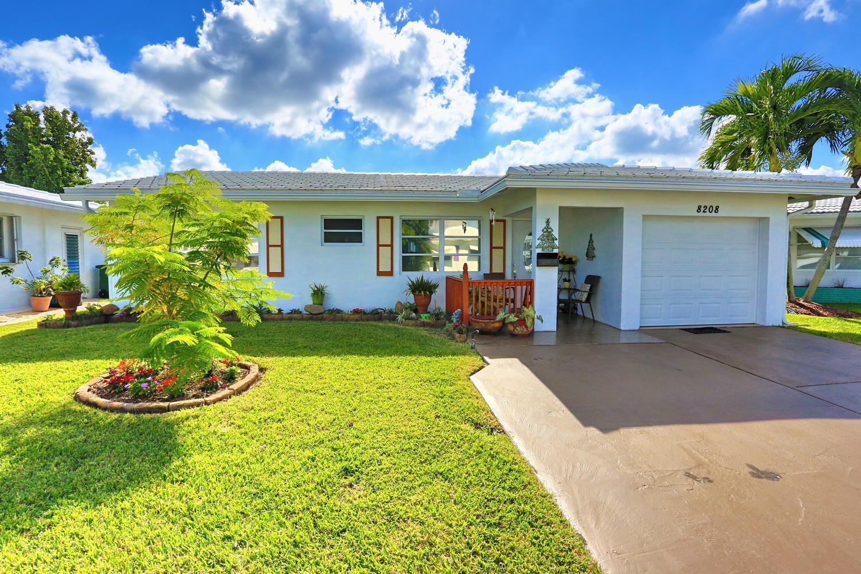 Home for sale in Mainlands Tamarac Florida