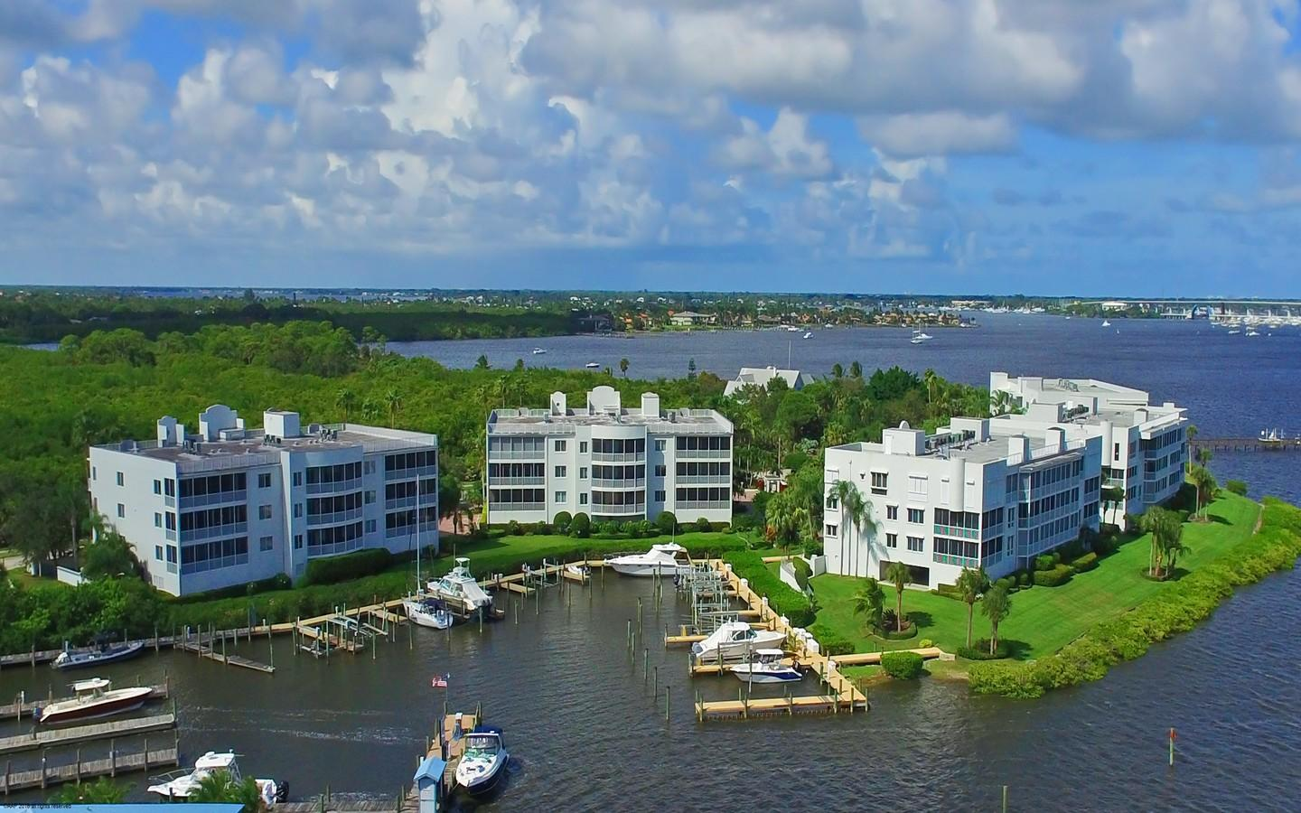 ADMIRALTY CONDOS PALM CITY REAL ESTATE