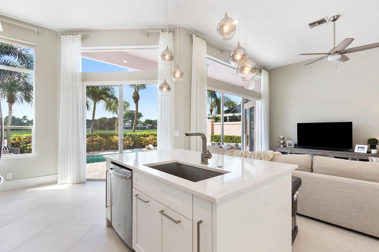 8647 Falcon Green Drive West Palm Beach, FL 33412 photo 8