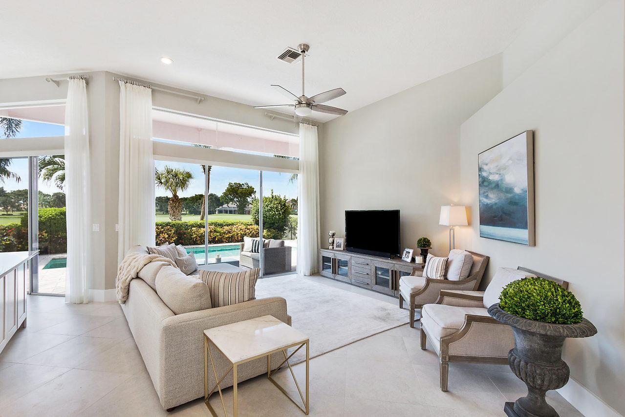 8647 Falcon Green Drive West Palm Beach, FL 33412 photo 10