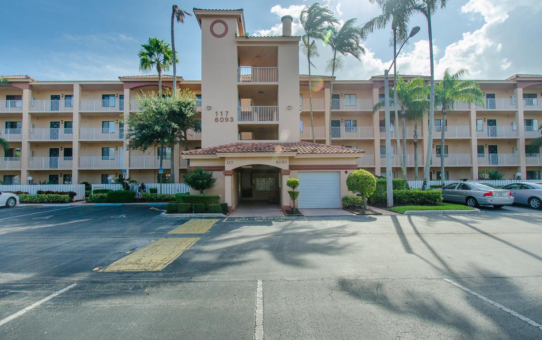 6093 Pointe Regal Circle 105  Delray Beach, FL 33484