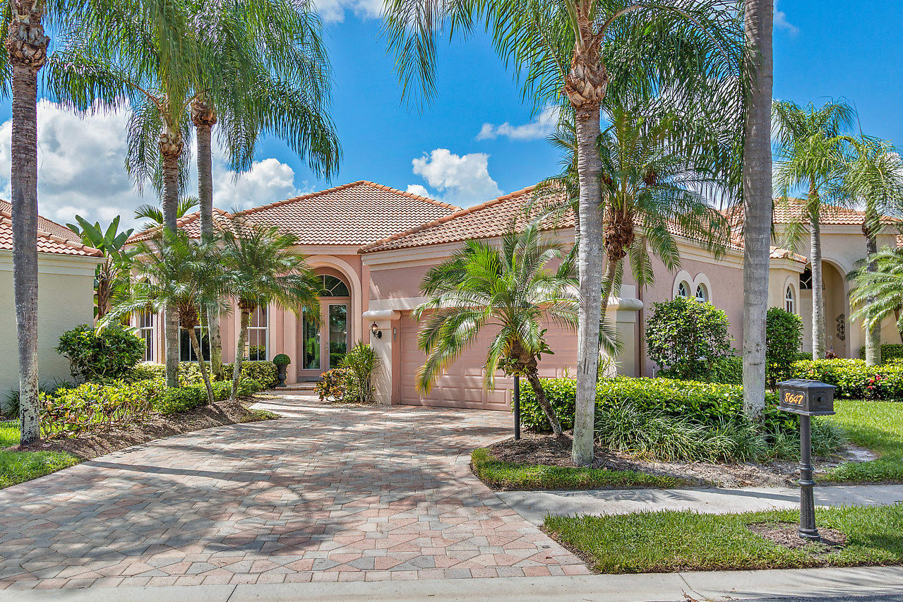 8647 Falcon Green Drive West Palm Beach, FL 33412 photo 1