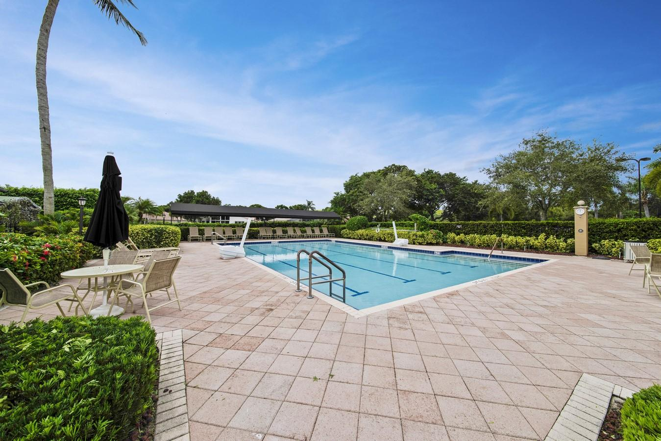 VALENCIA LAKES BOYNTON BEACH REAL ESTATE