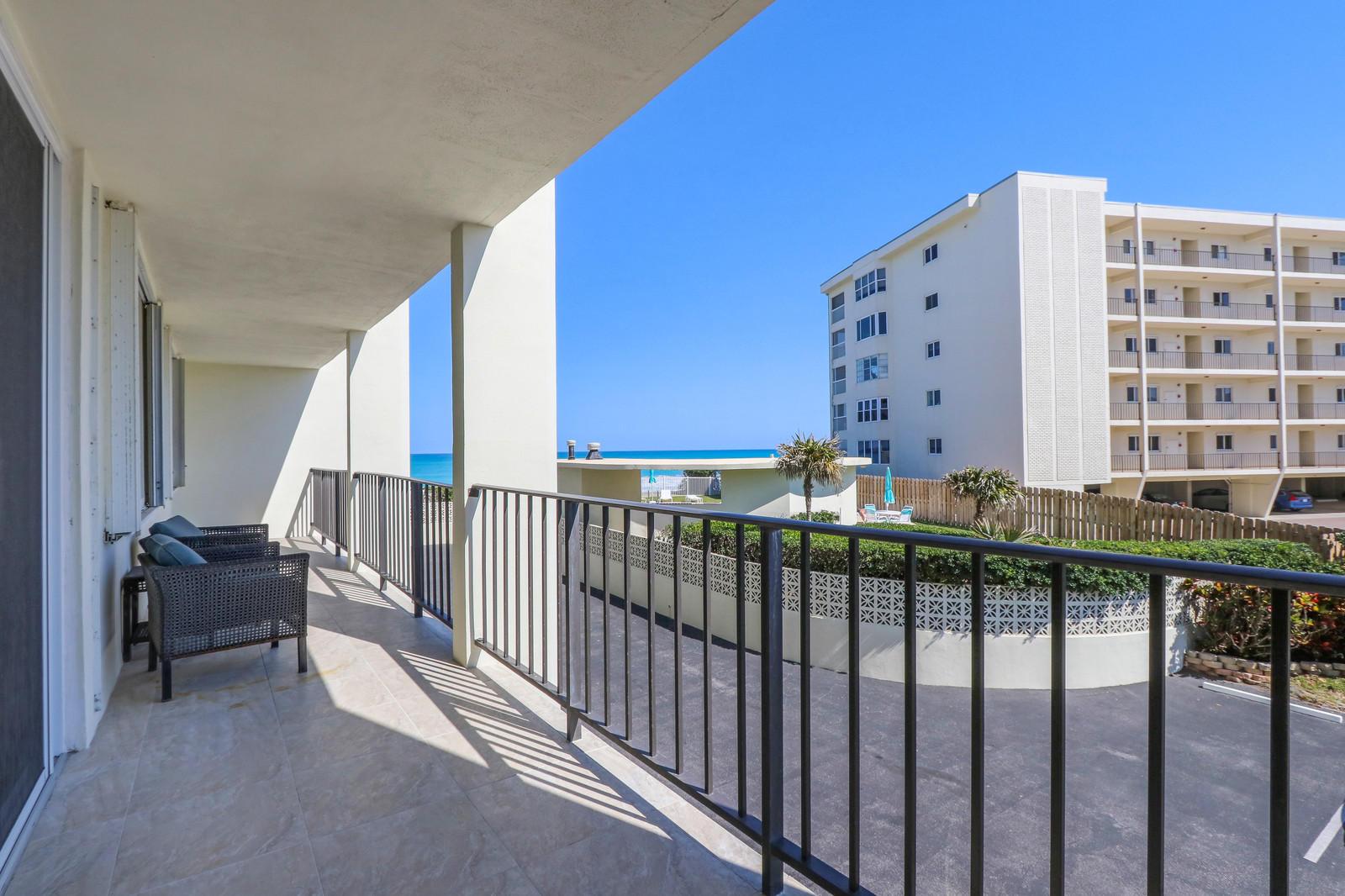 300 Beach Road 205, Tequesta, Florida 33469, 2 Bedrooms Bedrooms, ,2 BathroomsBathrooms,A,Condominium,Beach,RX-10471334