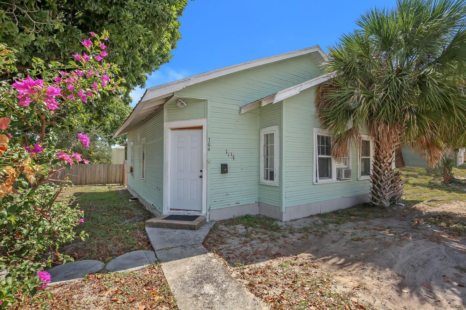 Home for sale in Bowers Park Boynton Beach Florida