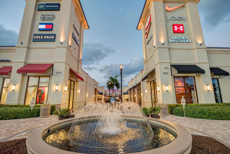 2400 Presidential Way 1703 West Palm Beach, FL 33401 photo 46