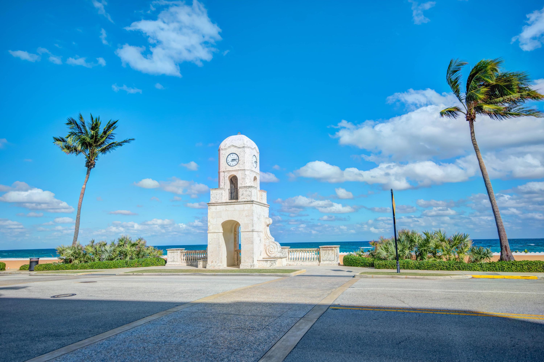 2400 Presidential Way 1703 West Palm Beach, FL 33401 photo 53