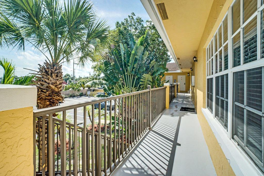 3208 S Dixie Highway, 10 - West Palm Beach, Florida