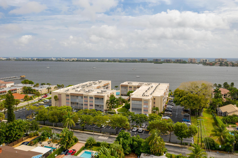 Home for sale in Palm Lake No 1 Condo Lake Worth Florida