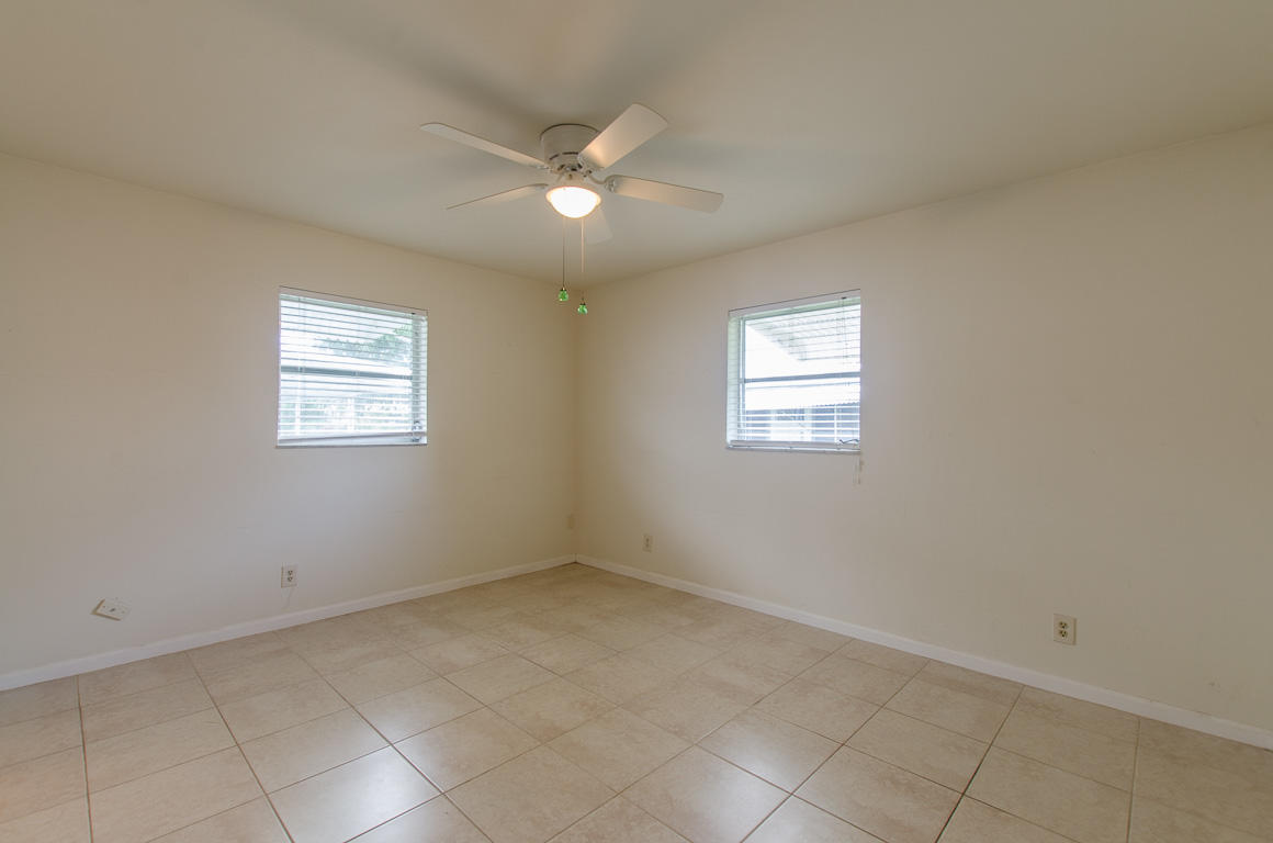 1212 SW 21st Avenue Boynton Beach, FL 33426 photo 9