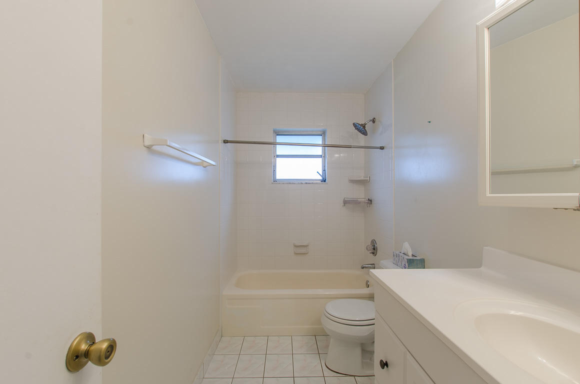 1212 SW 21st Avenue Boynton Beach, FL 33426 small photo 10
