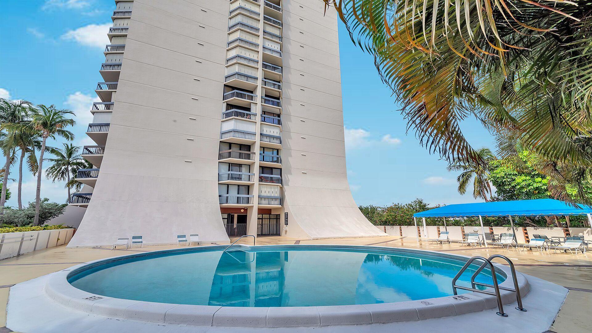 2400 Presidential Way 1703 West Palm Beach, FL 33401 photo 38