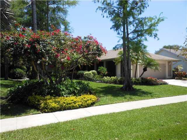 1518 Primrose Lane Wellington, FL 33414