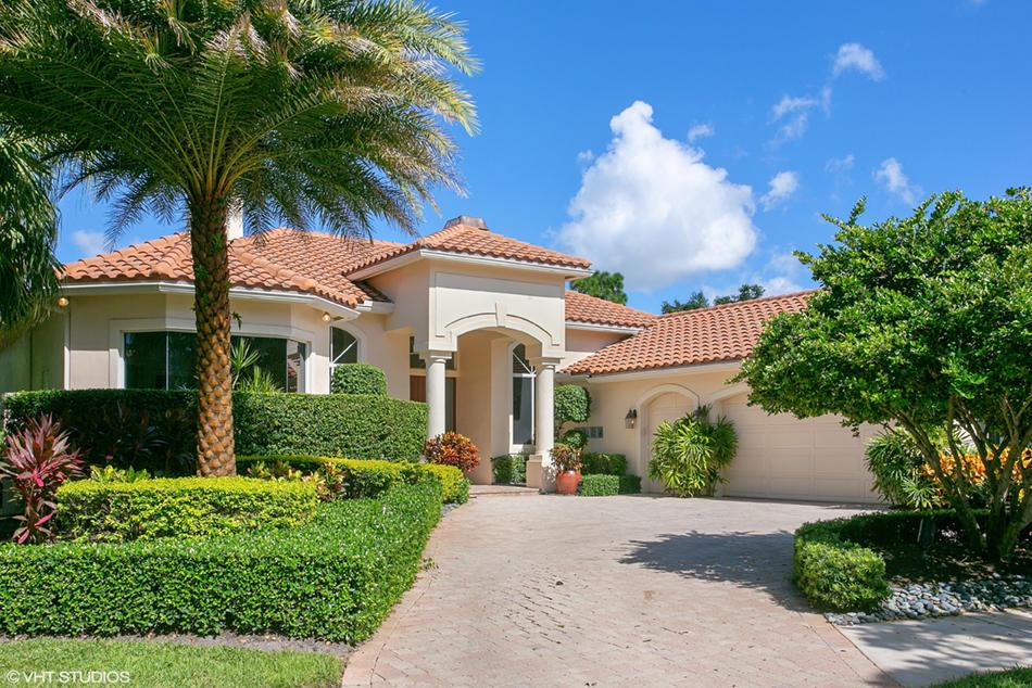Photo of 38 Saint James Drive, Palm Beach Gardens, FL 33418