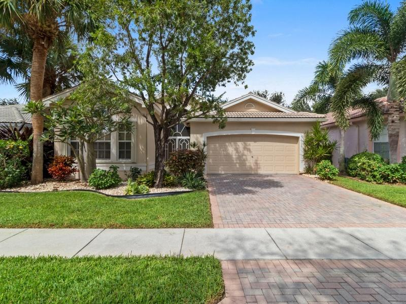 Home for sale in Valencia Isles Boynton Beach Florida