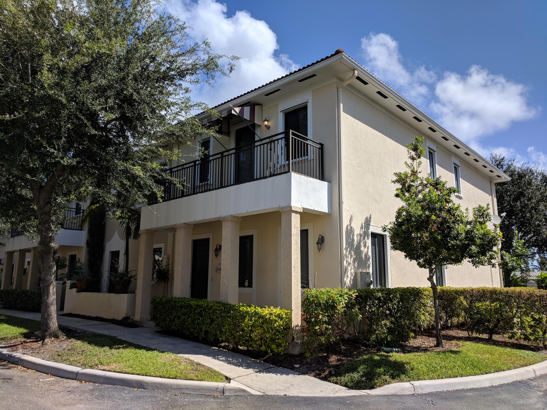 2515 Venetian Court Boynton Beach, FL 33426
