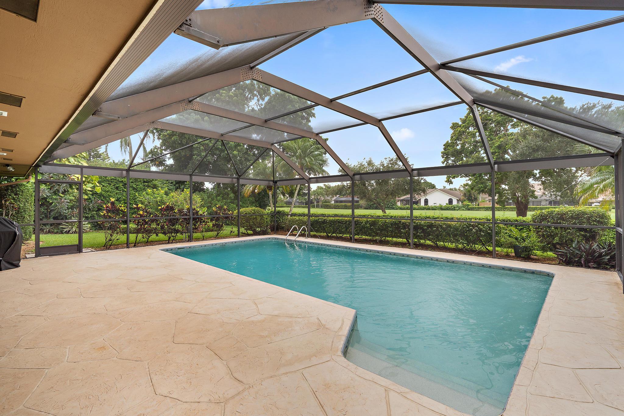9 Cambria Road Palm Beach Gardens, FL 33418 photo 16
