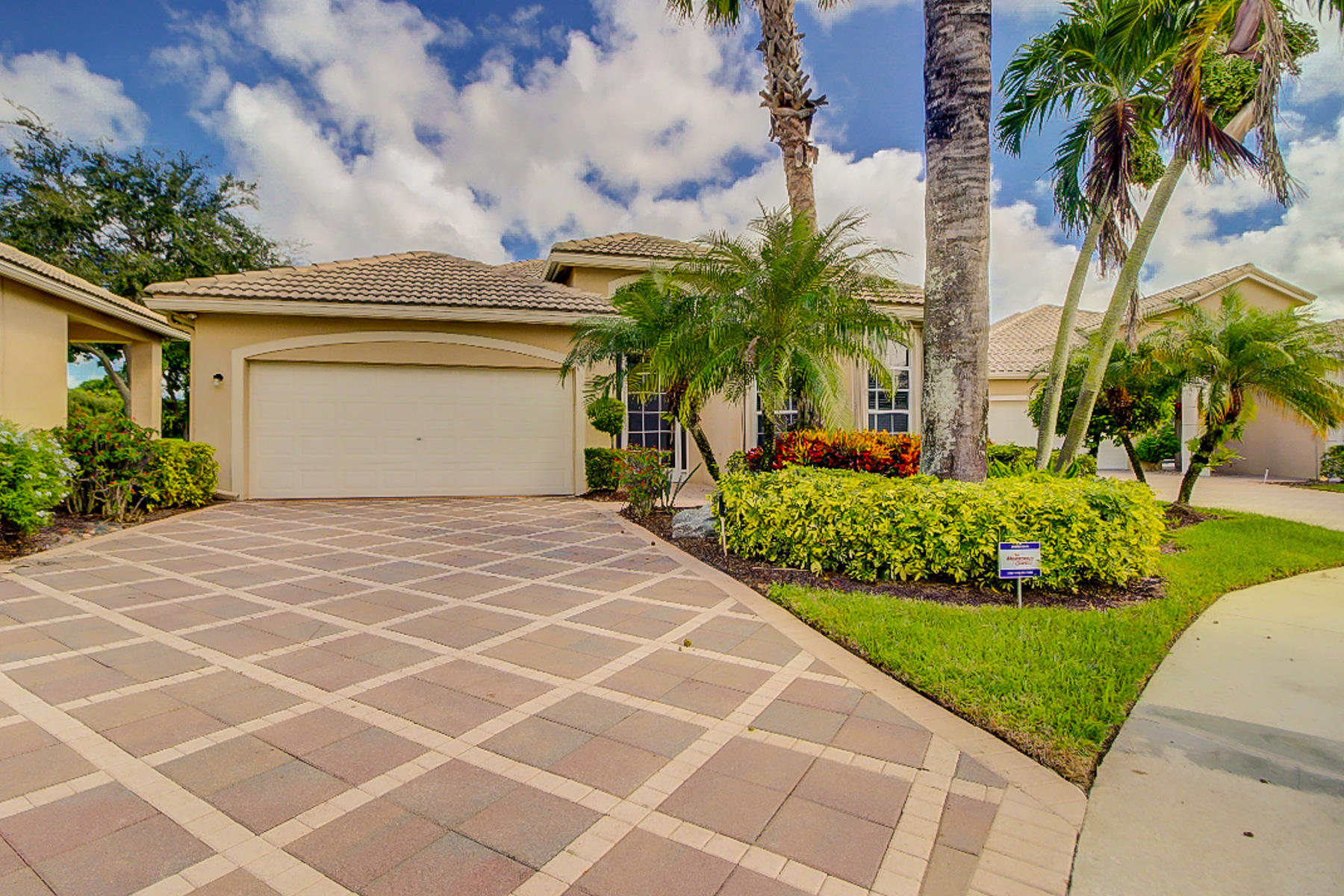 5424 Fountains Drive Lake Worth, FL 33467 small photo 2
