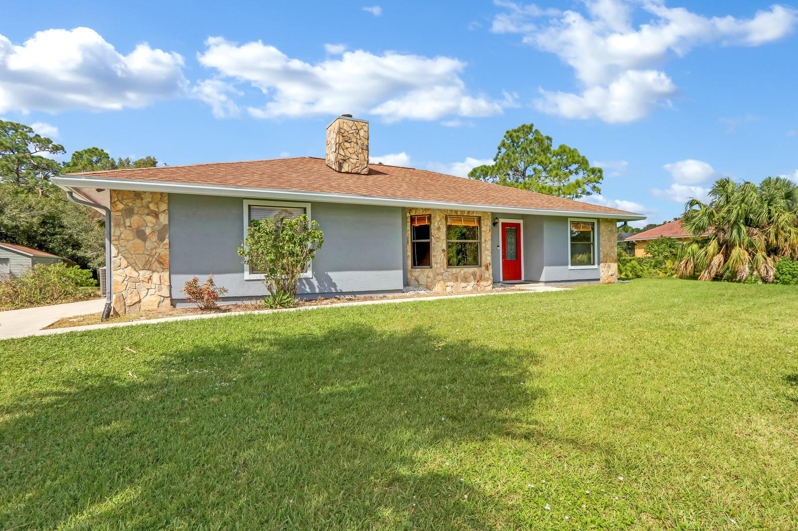 Home for sale in Jupiter Frms Jupiter Florida